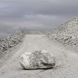 Kirsten Hoving: Working Stone