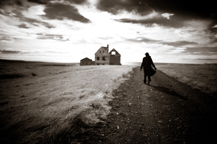 PhotoNOLA: Clay Lipsky: In Dark Light