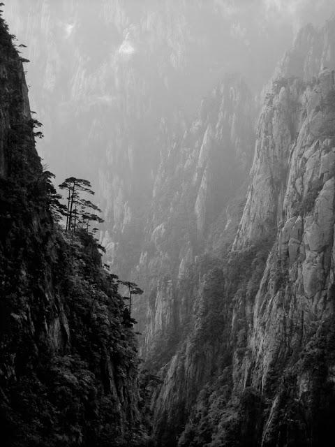 Photolucida: Jon Wyatt: Huangshan Ltd