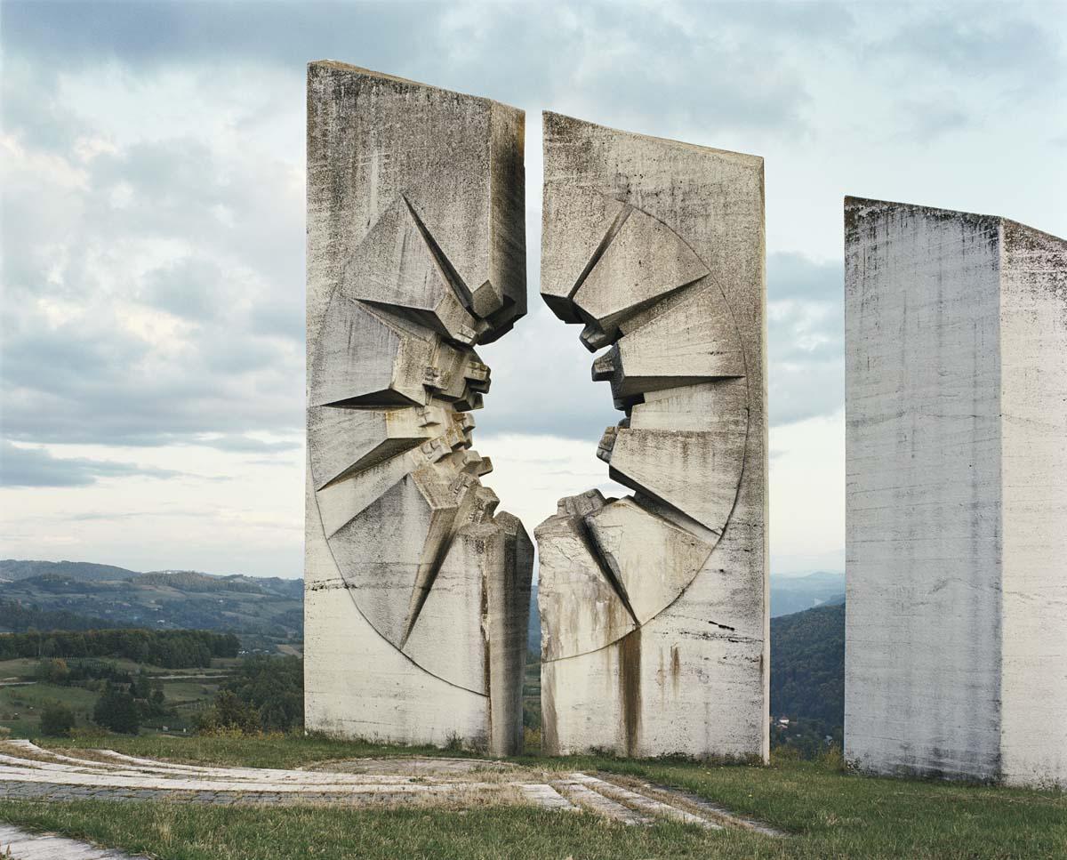 Jan Kempenaers: Spomenik
