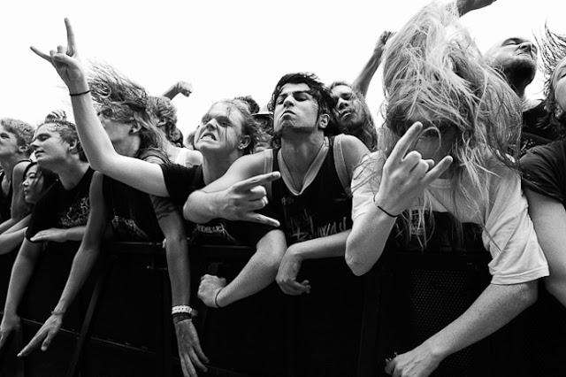 Nic Bezzina: Festival Crowd