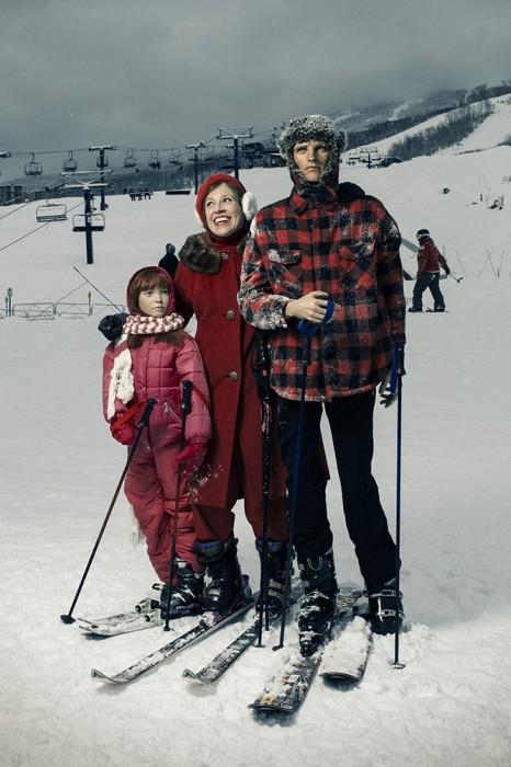 Christmas12 - Skiers 1000px