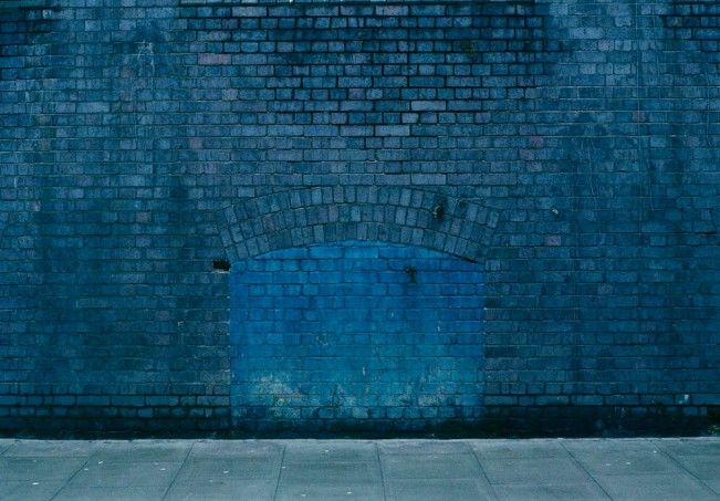 Dana-Stirling-_-blue-wall