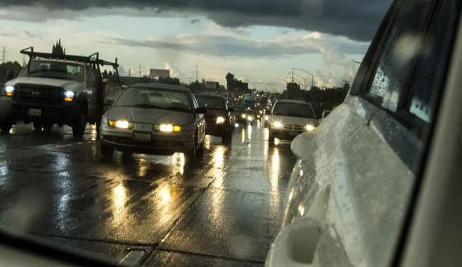 SJBoyers15_RainRearVueMrrTrfcL1170802FC