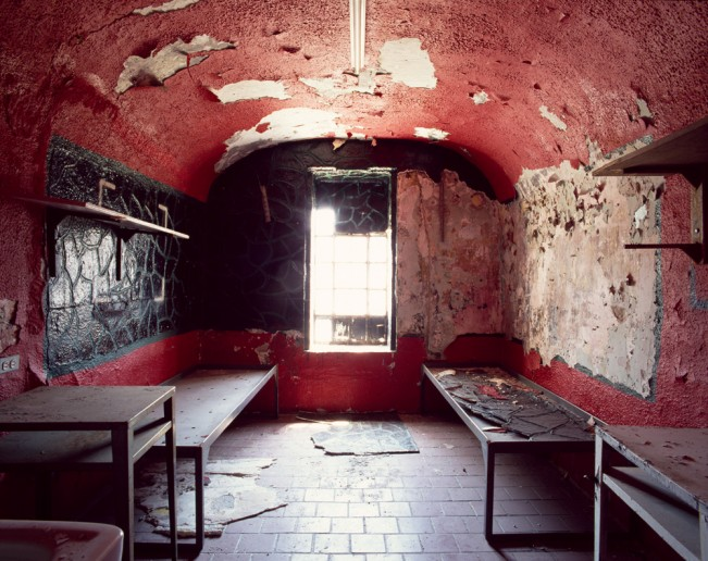 Saloutos_Lee_07-Cell, Housing Unit 4, Missouri State Penitentiary, #9 (Red)