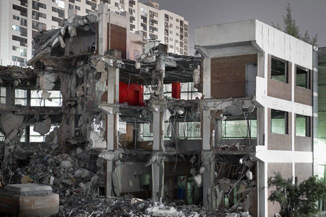 Demolition Site 06 Outside_Pigment print_115x155cm_2013