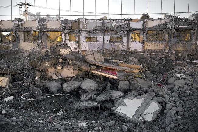 Demolition Site 20 Outside_Pigment print_115x155cm_2014