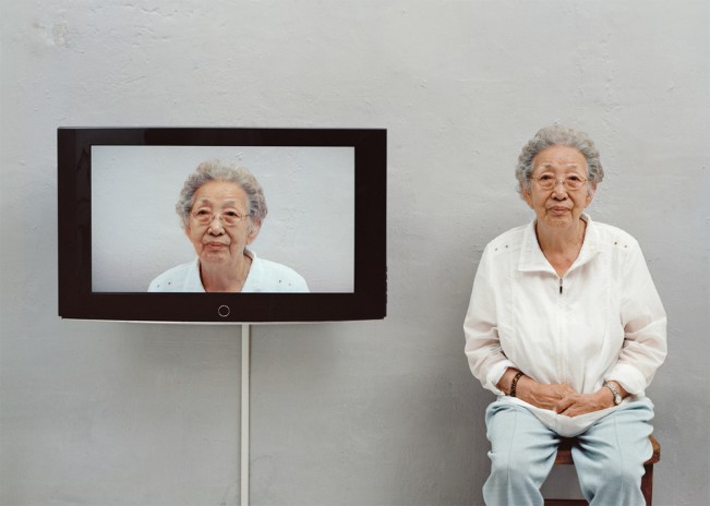 3.Looking at yourself_장순태, 160cm x 120cm, C-print, 2009