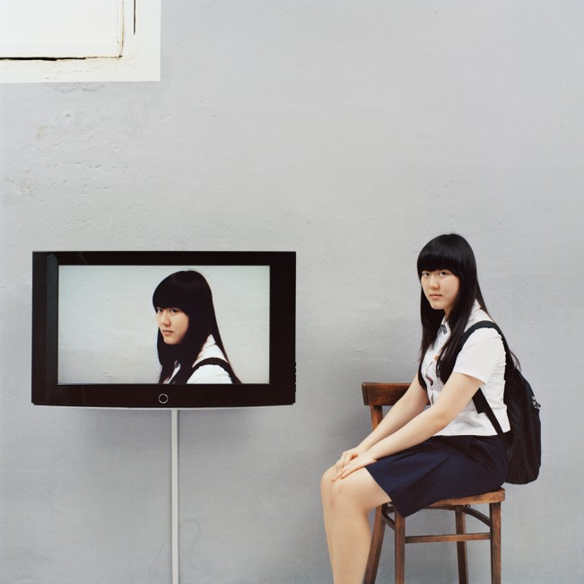 4.Looking at yourself_금빛나, 160cm x 120cm, C-print, 2009