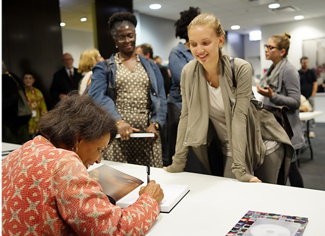 weems signs her books