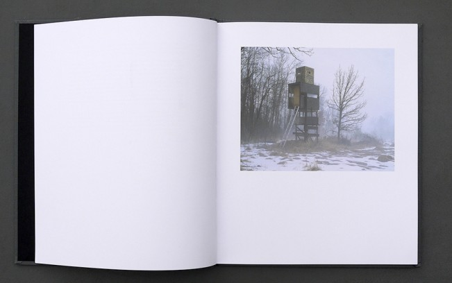 hidebook02