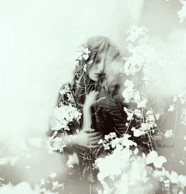 The_World_Is_An_Illusion_Raluca_Caragea