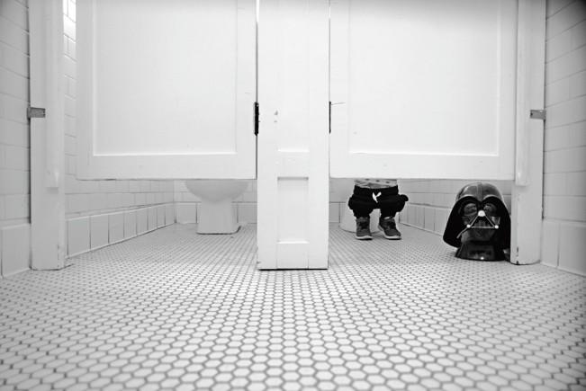 ashlystohl-charthvader-bathroom