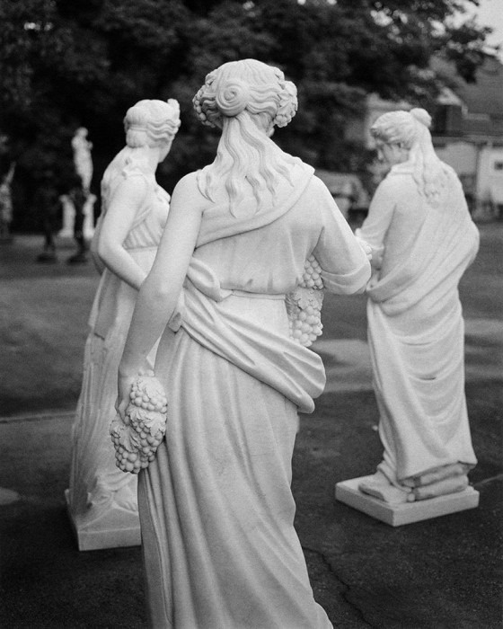 Jared Ragland Untitled (Muses, outside the former Fine Arts Theatre, Uptown, New Orleans), 2015