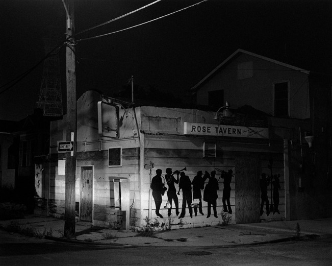 Jared Ragland Untitled (Second Line, or, Rose Tavern, near the Tivoli Theatre, Zion City, New Orleans), 2015