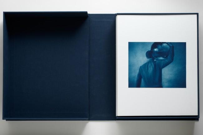 AMS-2 portfolio box