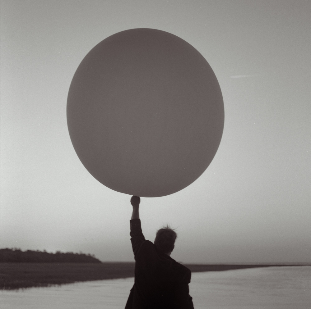 R_The Caretaker's Balloon-1