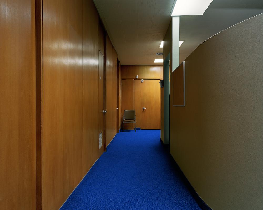 08_Hallway