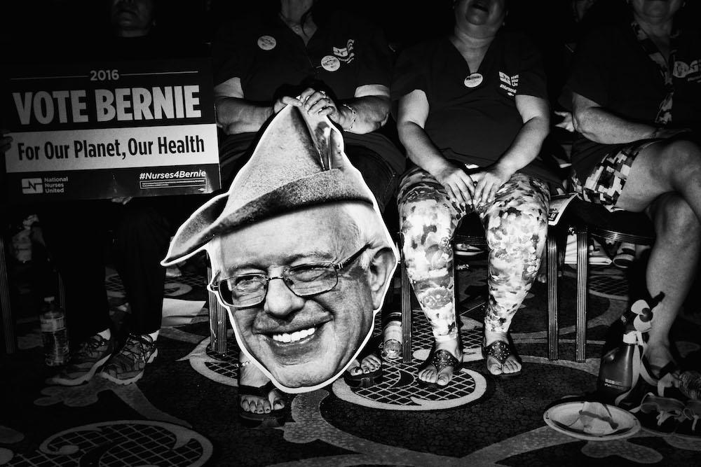 03.MarkPeterson.PoliticalTheatre-bernie supporters las vegas 2015