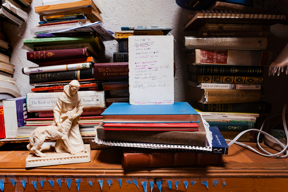 10_true_bookshelf