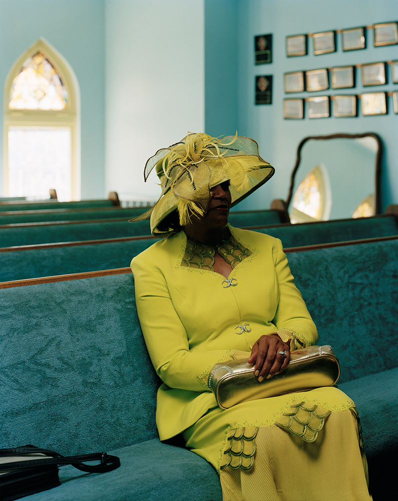 first-lady-garfiel-park-baptist-church-2006_lensscratch