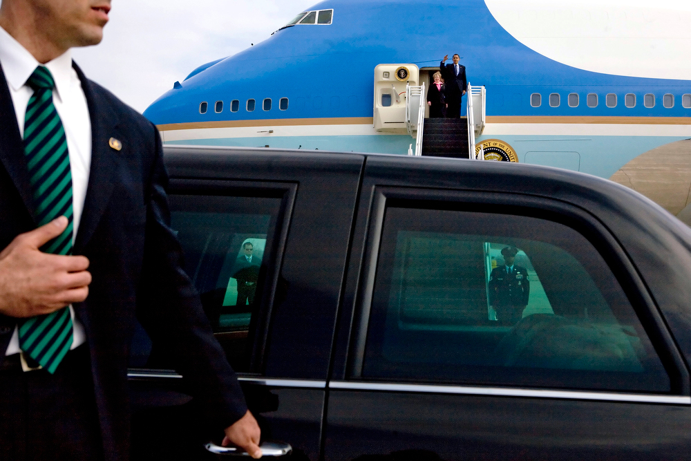 30077451A --MARCH 6, 2009sdc-- POTUS/SIX HOURS IN THE LIFE--.   photo by STEPHEN CROWLEY/THE NEW YORK TIMES