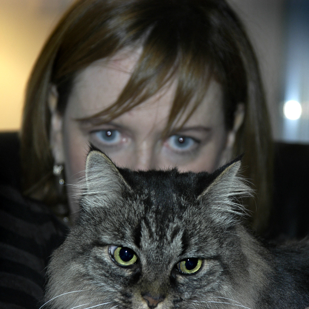 lisa-and-cat-dsc_0456