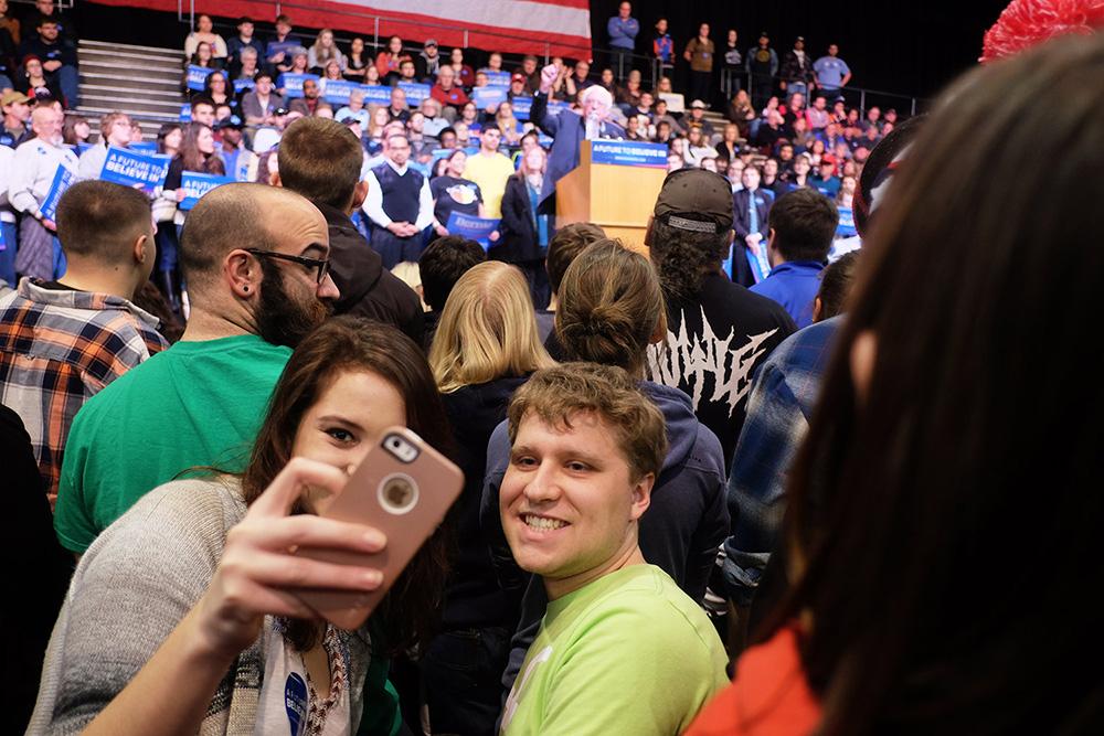 kpraslowicz_bernie_sanders_rally_selfie