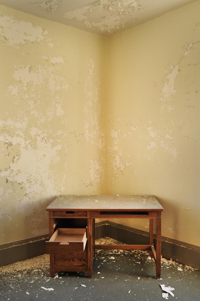 AndrewFeiler (13) Dorm Room Desk - Gaines Hall