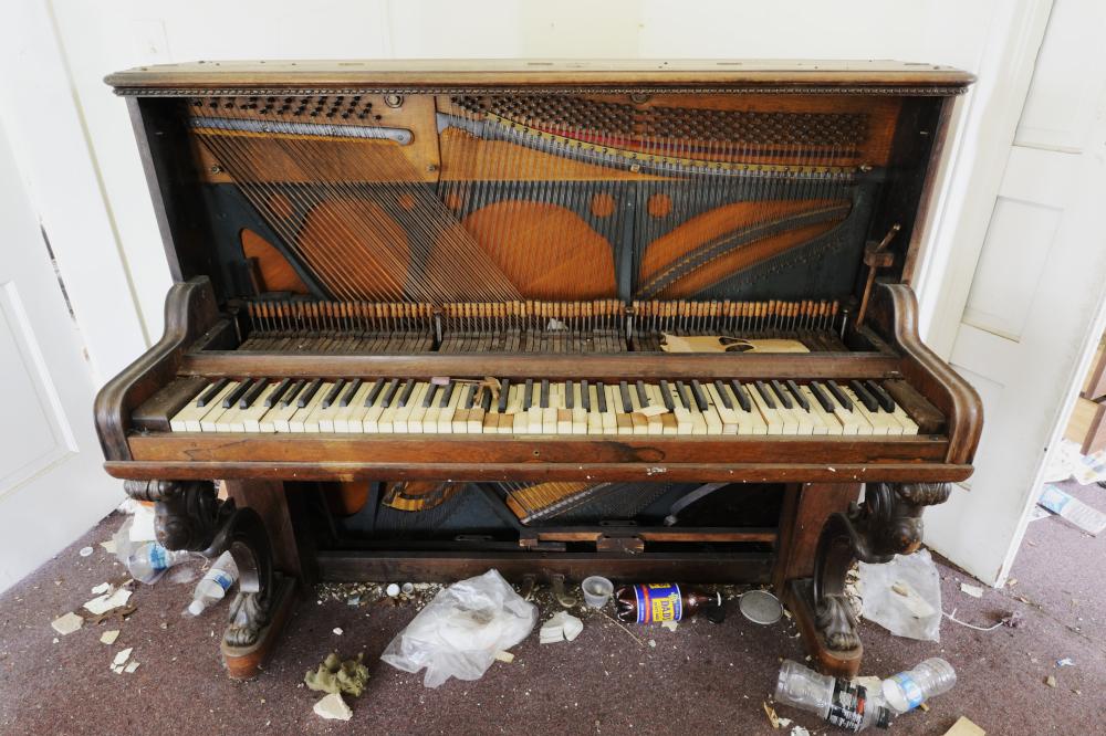 AndrewFeiler (60) Piano - Alumni House