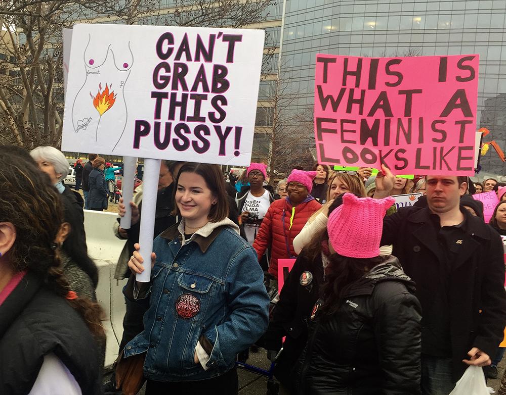 JACOB_Ellen_Grab_Pussy