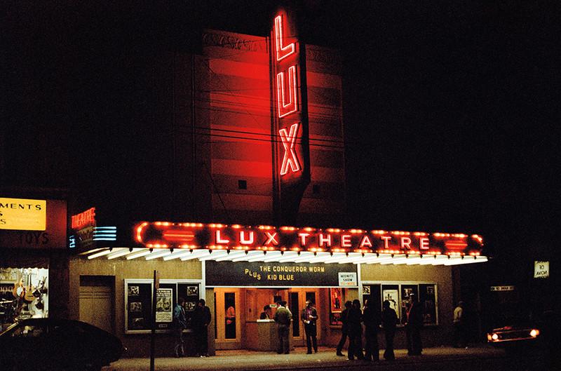GGUV068-Lux Theatretif-web-L