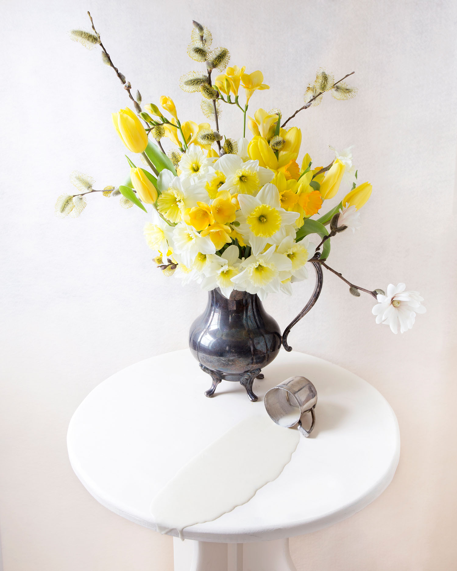 EXHB_KW_NarcissusAndMilk