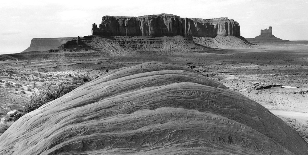 01_Monument Valley_The Way Out West