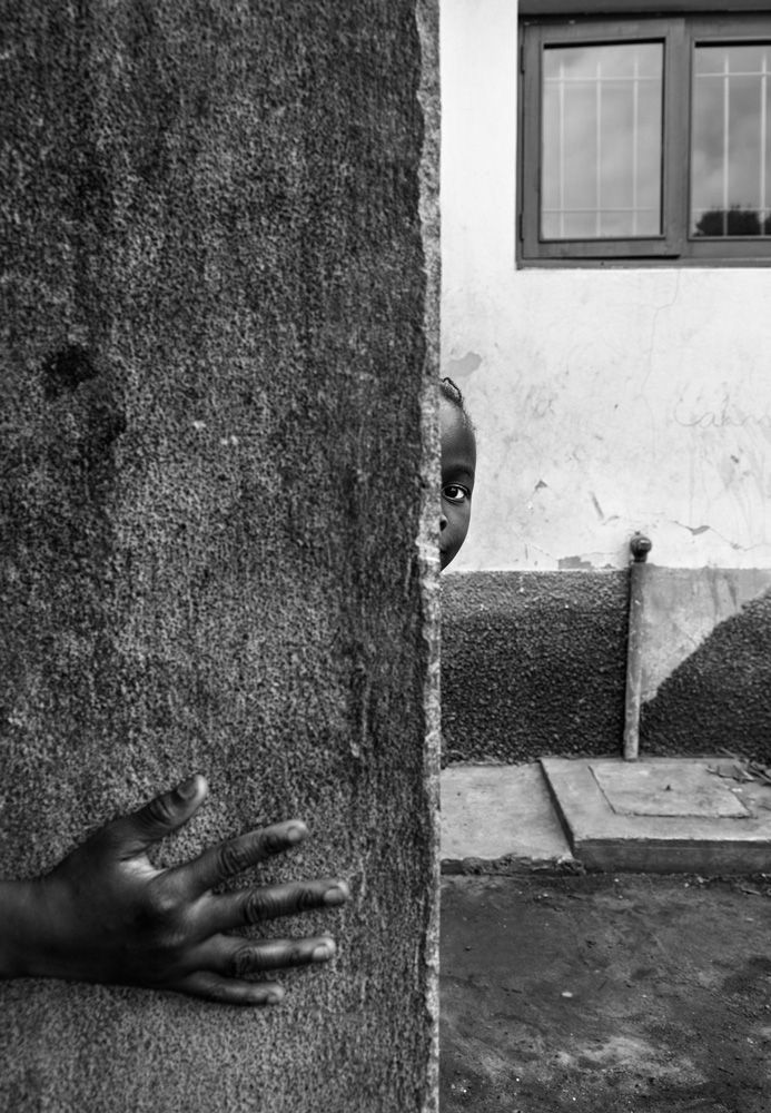 Martim Meirelles: Mozambique: A Portrait of an Orphan Nation