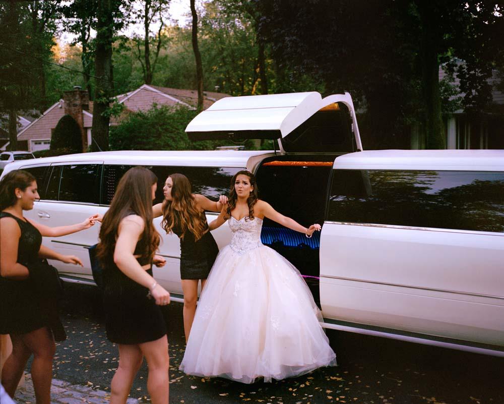 nina limo