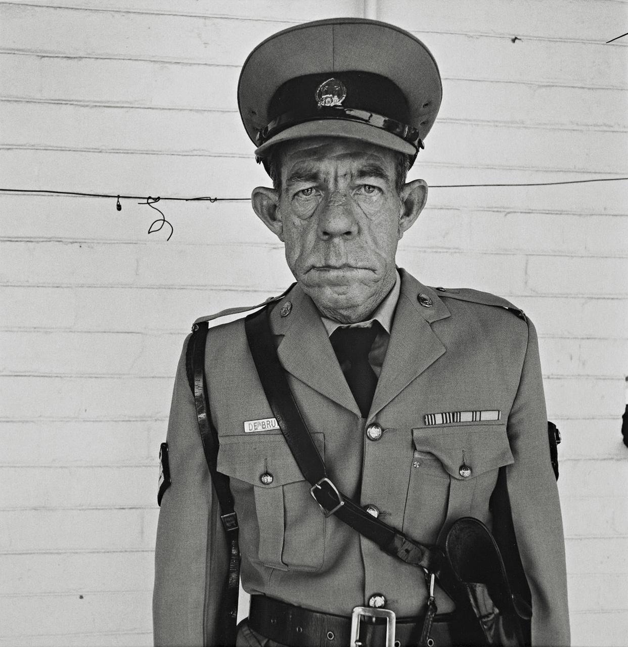 sergeant-f-de-bruin-department-of-prisons-by-roger-ballen-1992