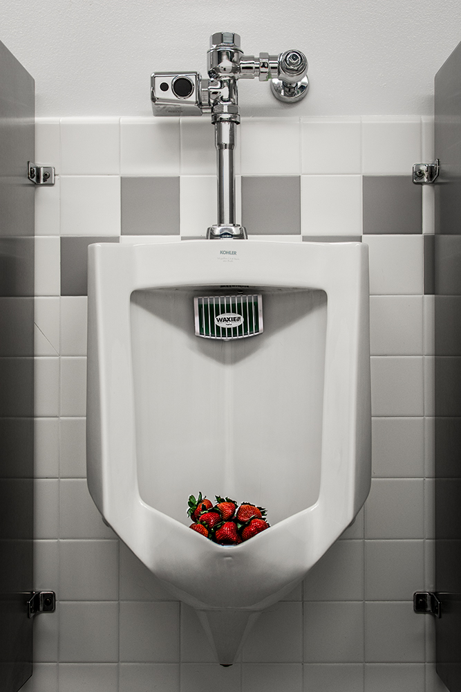 strawberry_urinal