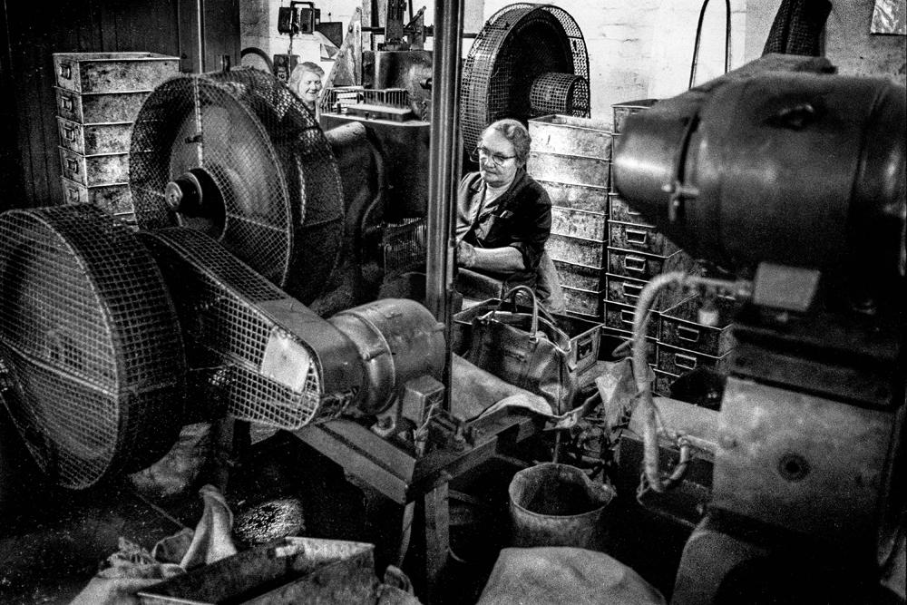 Women factory workers Lye2
