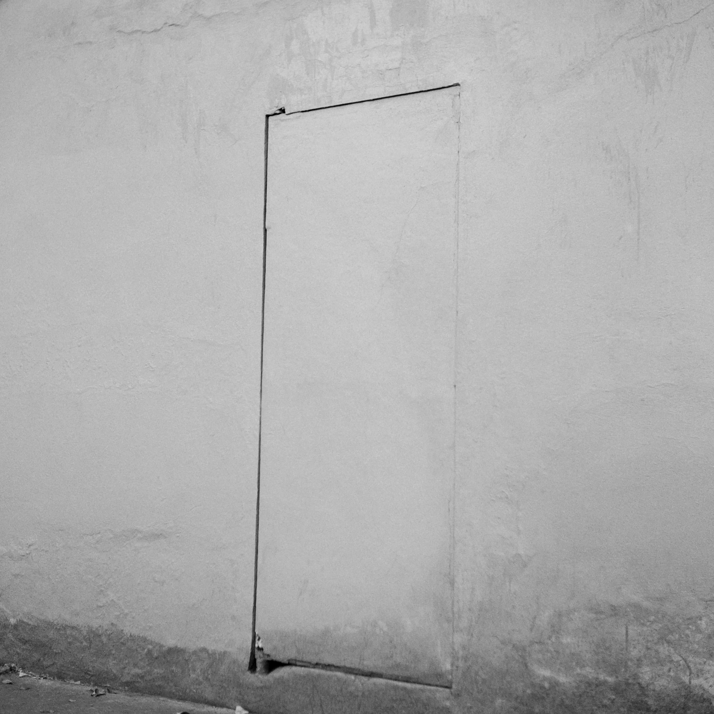 Oswaldo Ruiz, Entrada, 2016, plata sobre gelatina