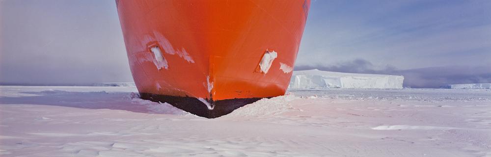 8- Icebreaker, Antarctica, 2000