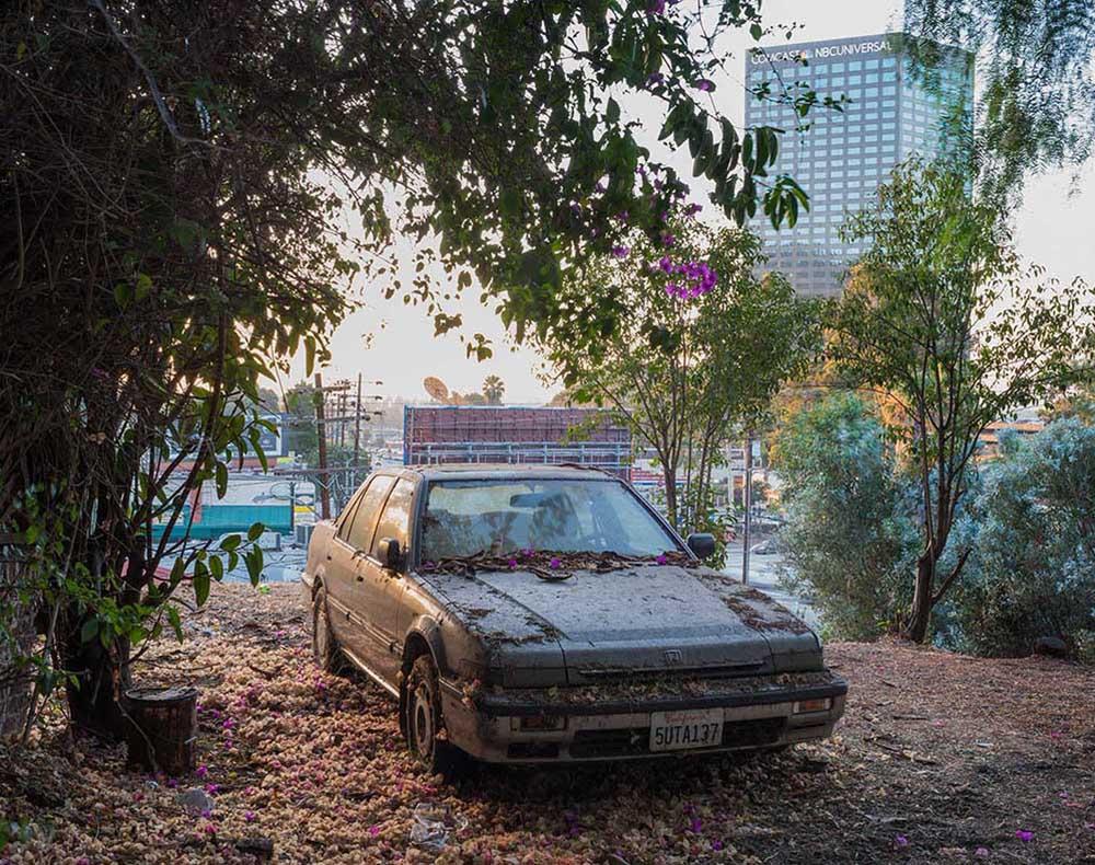p_Car near NBC Universal