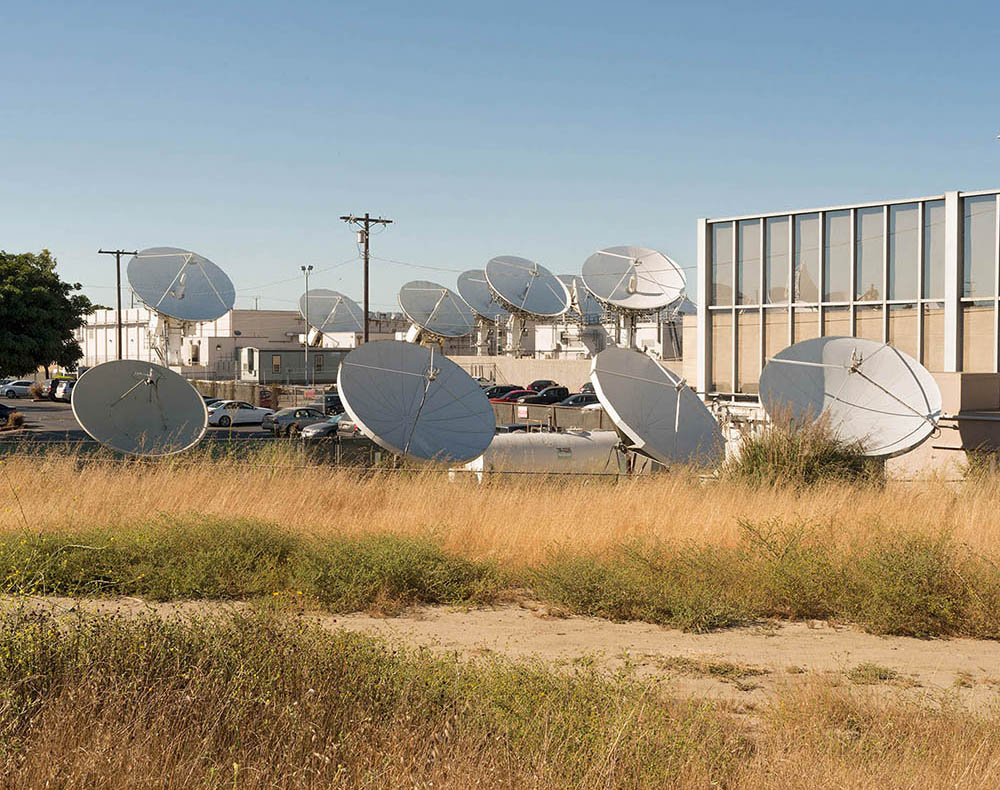 t_DIRECTV Satellite Dishes