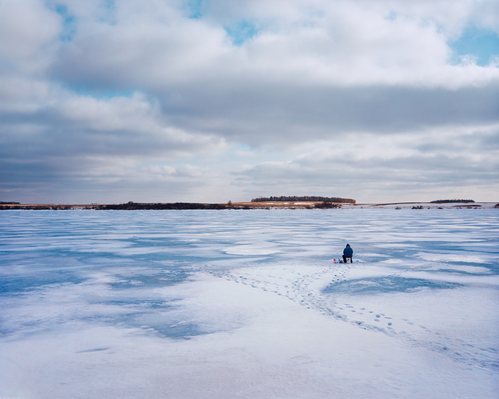 ice_fishing_near_eckelson_nd