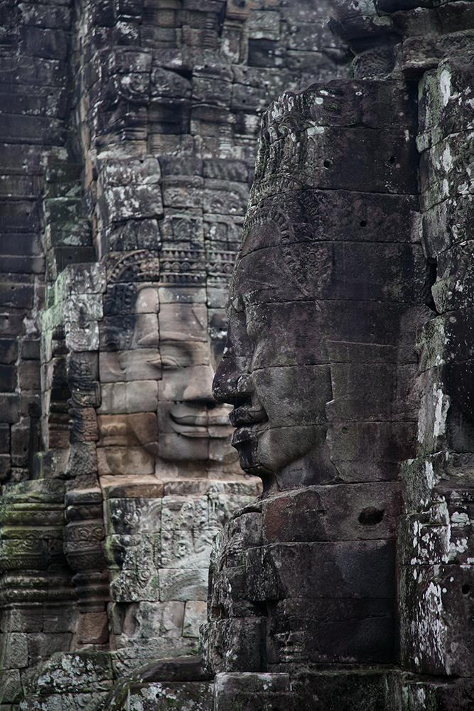 SJohnsonTennant_Kiss_Lenscratch_Cambodia
