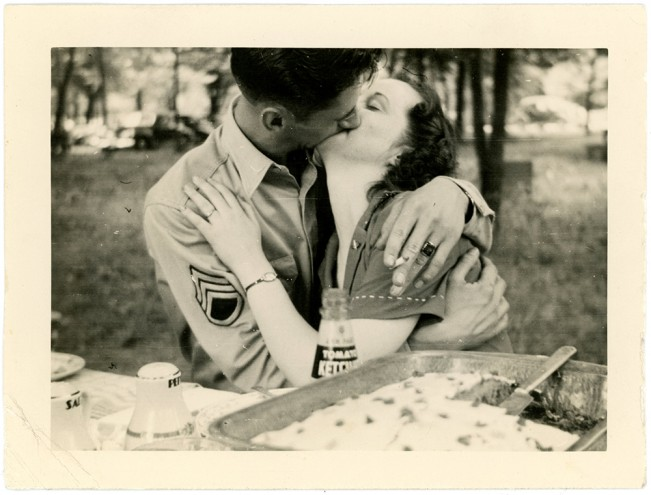 Barbara Levine: People Kissing: A Century of Photographs