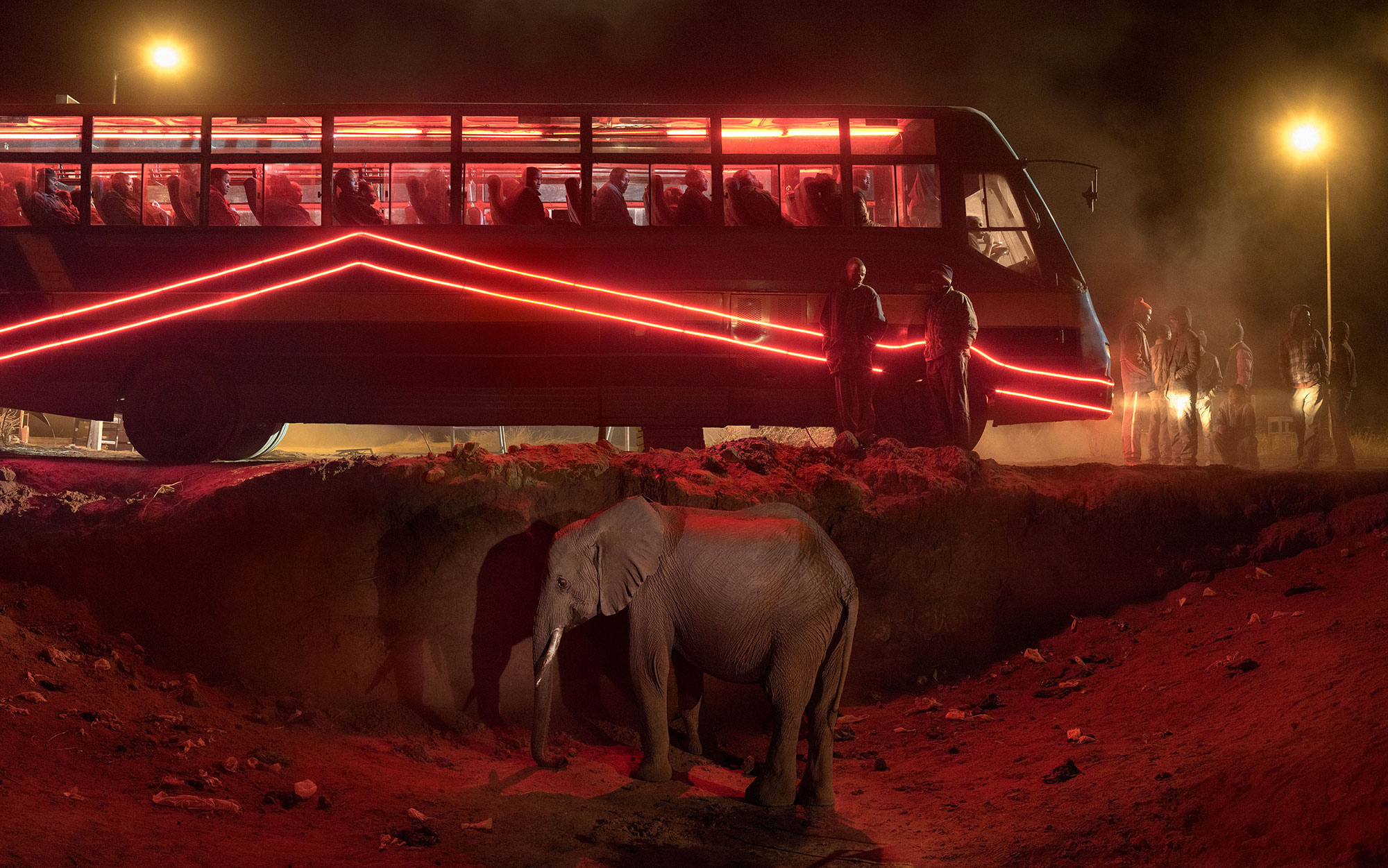 3e-BUS-STATION-WITH-ELEPHANT-&-RED-BUS-2000px
