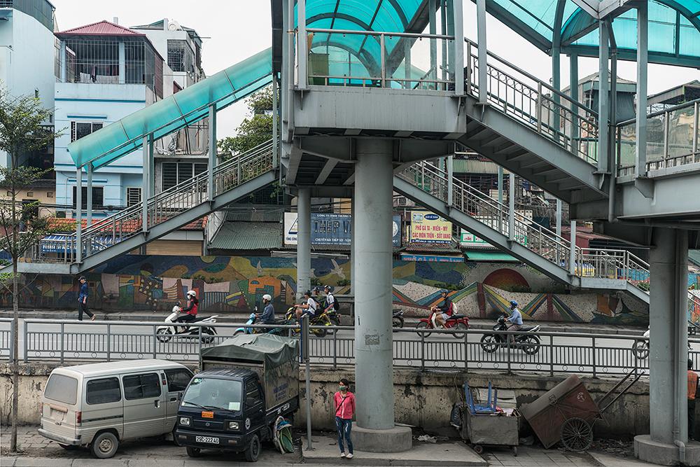 Overpass along the road to Long Bien Bridge, Hanoi, Vietnam