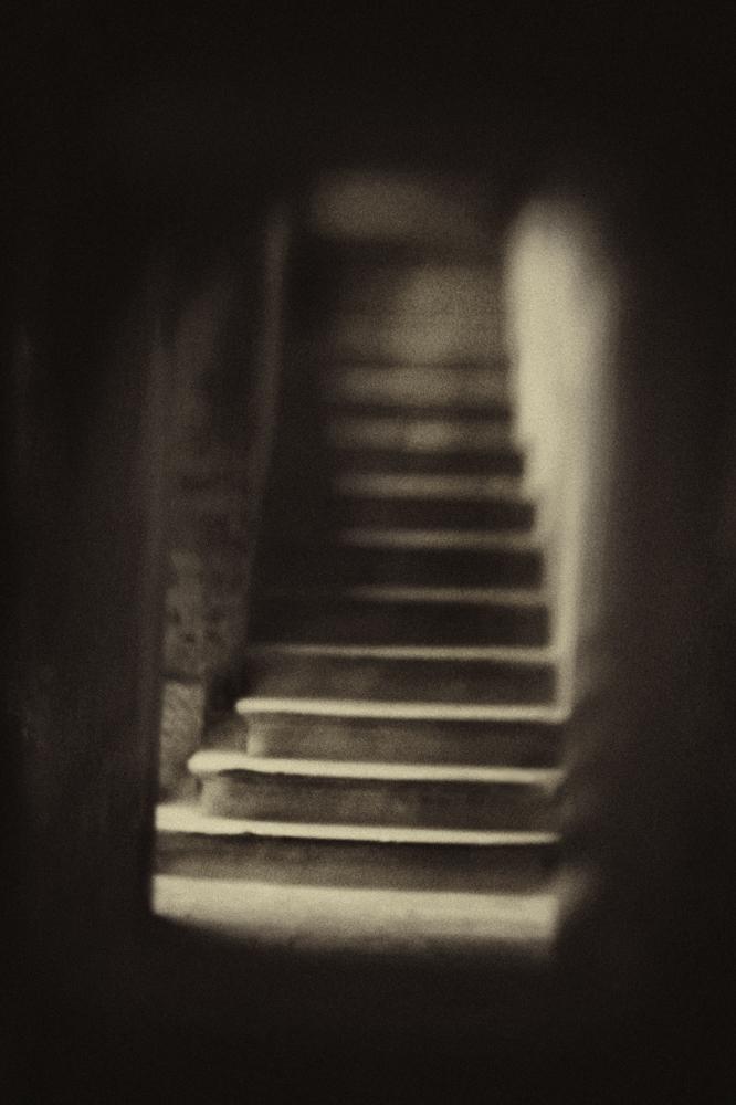 Hadley--Hidden Staircase