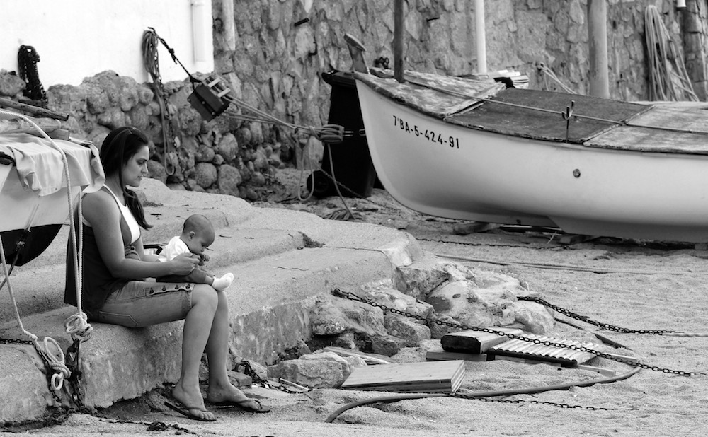 fisherman's wife Costa Brava